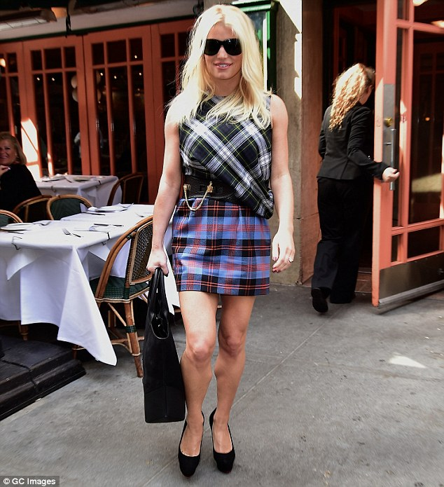 jessica simpson in plaid