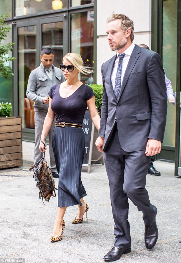 jessica simpson nipply in NYC